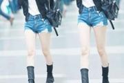 PS给正在走路的女孩P出大长腿